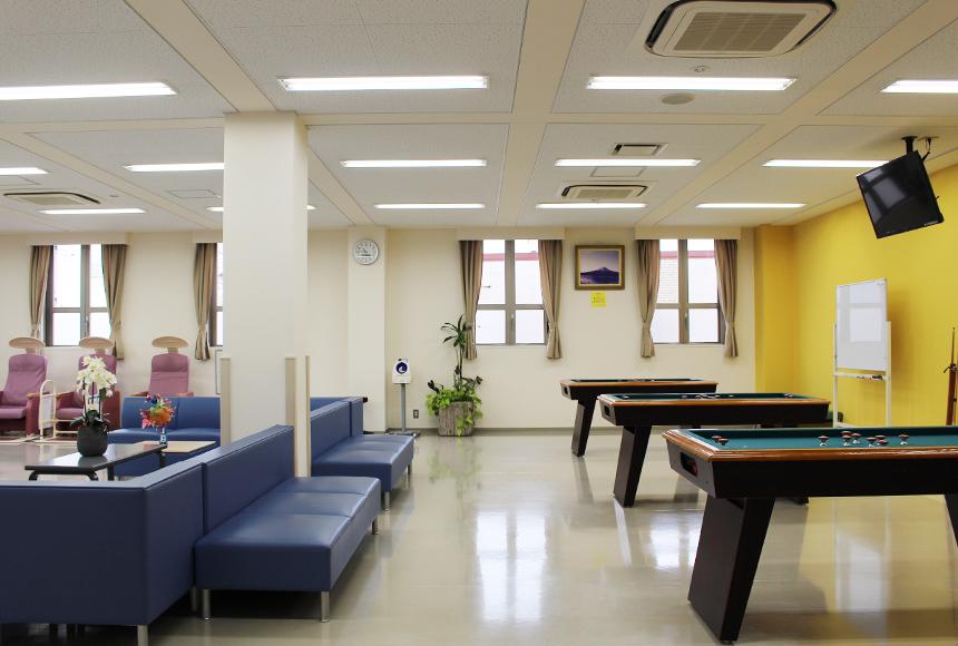 忠岡町 総合福祉センター : 多目的ホール